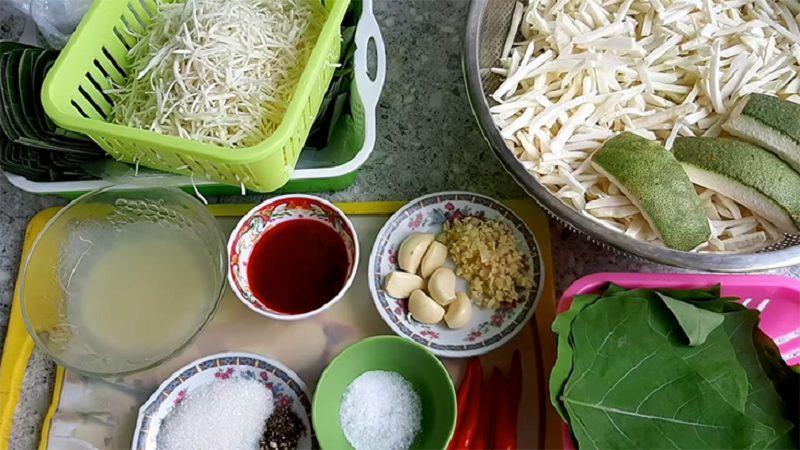Cách làm nem chua chay ngon tại nhà